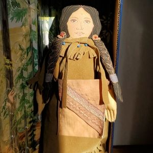 "2000 American Spirit Collection ""Sacagawea"" Doll"
